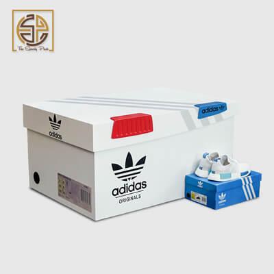 cardboard-shoe-boxes