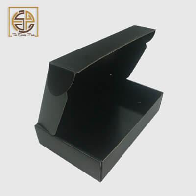 custom-black-mailer-boxes-design