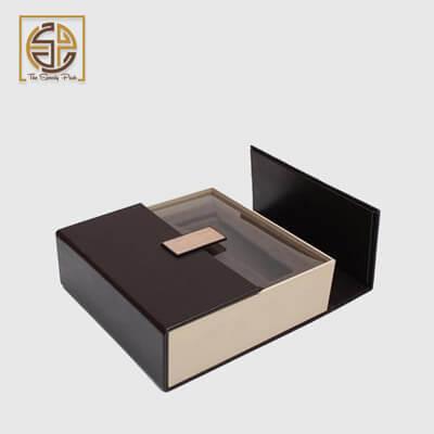 custom-printed-rigid-boxes-shipping
